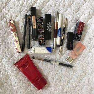 15 pc Makeup Bundle - Smashbox, MAC, Too Faced +